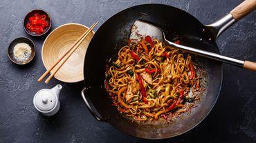Recette de Carlo : wok au poulet fermier, champignons et gingembre