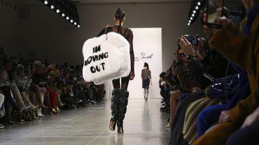 Le sac surdimensionné façon cocooning de LaQuan Smith. New York, le 8 février 2020.