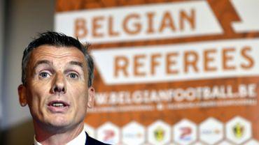 """Johan Verbist, """"surpris"""", attend des nouvelles de ses arbitres"""