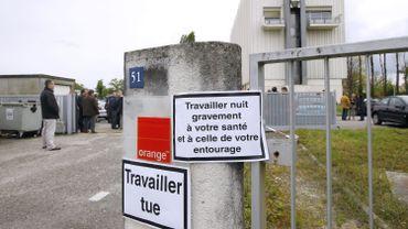 L'imposition d'un plan de restructuration chez France Telecom avait provoqué une vague de suicides pari les employés. Les anciens dirigeants sont jugés pour harcèlement moral.