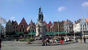Coup de feu sur la Grand-Place de Bruges