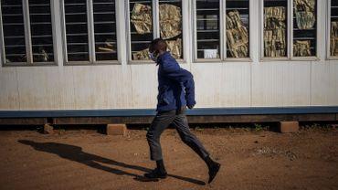 La barre des 200.000 contaminations par le nouveau coronavirus en Afrique a été franchie mardi.