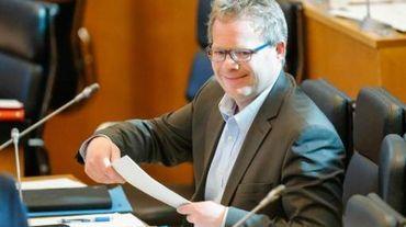 Philippe Henry (Ecolo) savoure le vote de son texte au Parlement wallon