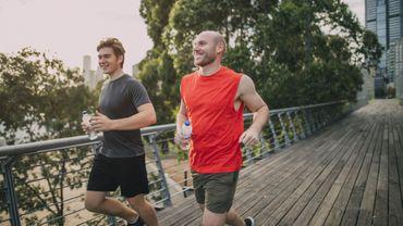 L'exercice réduit la survenue de maladies cardiaques même dans les familles à risques
