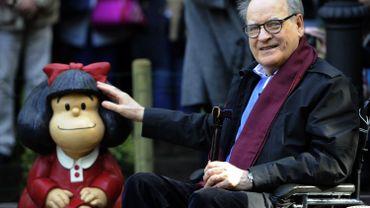 Quino et son personnage de Mafalda, à Oviedo (Espagne) en 2014