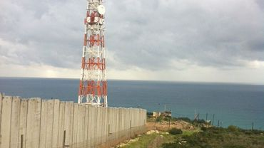 Les premiers mètres du mur construits à l'extrême sud du Liban, après le village de Naqoura.