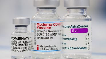L'idée de mélanger un vaccin avec un autre lors de la première et la seconde dose est à l'étude au Royaume-Uni