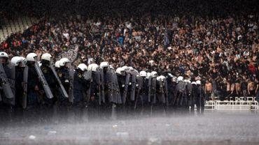 Grèce : Le gouvernement autorise la reprise de la Coupe