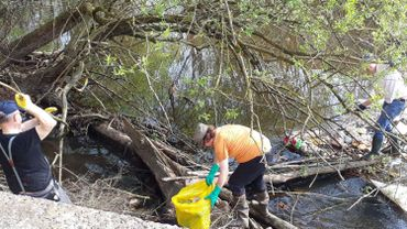 Opération nettoyage des berges de la Vesdre