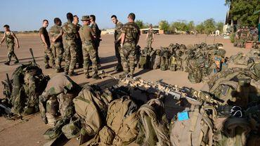 De soldats français arrivant au Mali ce 14 janvier 2013 pour un déploiement dans le nord du pays