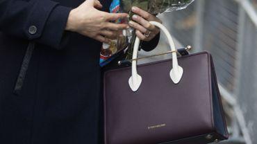 Quelques minutes après l'apparition de Meghan Markle avec ce sac, c'est la rupture de stock.