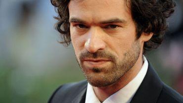"""Romain Duris s'est récemment distingué dans le dernier film de François Ozon, """"Une nouvelle amie"""""""