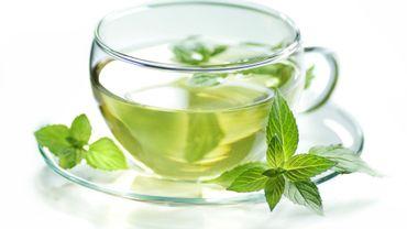 Le thé vert bon contre la polyarthrite ?