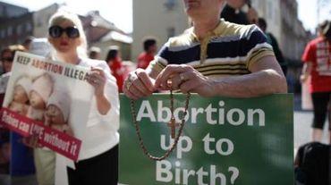 L'avortement est remis en cause, voire toujours interdit dans de nombreux pays comme ici en Irlande