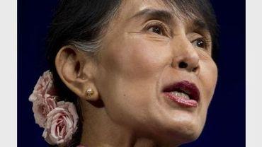 Aung San Suu Kyi devant des militants d'Amnesty International à Washington, le 20 septembre 2012