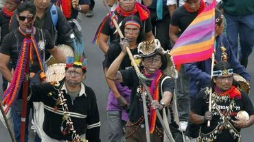 Equateur: les Indiens marchent contre le pillage des ressources naturelles