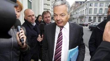 Didier reynders fustige, à l'instar du président du PS Thierry Giet, la proposition N-VA de faire sortir la Belgique de l'organisation de la francophonie
