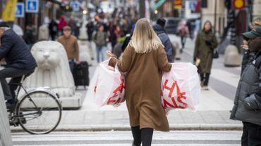 La Suède, qui tablait sur une immunité collective, fait face à un rebond… mais ne change pas de stratégie