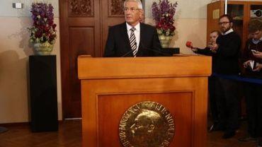 Le président du comité Nobel norvégien Thorbjoern Jagland annonce l'octroi du prix de la Paix 2012 à l'Union européenne, le 12 octobre 2012 à Oslo