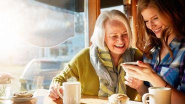 Le thé protégerait-il le cerveau du temps qui passe?