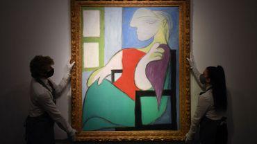 Le tableau Femme assise près d'une fenêtre (Marie-Thérèse) de Pablo Picasso