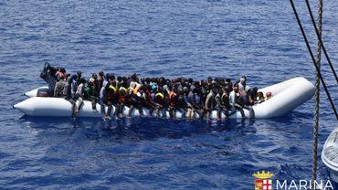 """Plus de 3200 morts en Méditerranée depuis janvier: """"Il faut délivrer des visas humanitaires"""""""