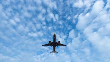 """Deux avions manquent d'entre en collision: les contrôleurs aériens dénoncent une """"culture de sécurité inadéquate"""""""