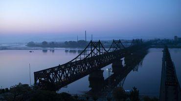 Le pont de l'Amitié en juin 2018 à Dandong entre la Chine et la Corée du Nord