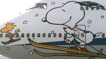 Snoopy pour décorer un Boeing d'une compagnie japonaise voulant faire la promotion des sports d'hiver en 1996