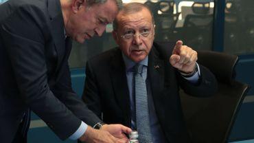 Offensive turque en Syrie: le président Erdogan menace l'Europe d'un flux de migrants en réponse aux critiques