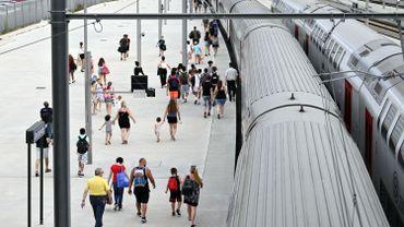 Les trains vers la Côte sont bondés.