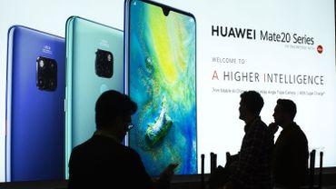 Le président de Huawei, a invité les gouvernements occidentaux à une visite de ses usines.