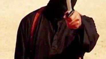 Capture d'écran d'une vidéo du groupe EI identifiée par SITE le 2 septembre 2014 montrant l'assassin présumé des journalistes américains James Foley et Steven Sotloff