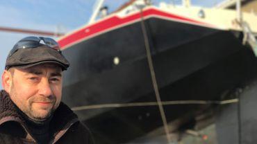 Michaël Leleux espère mettre son bateau à l'eau dès cet été.
