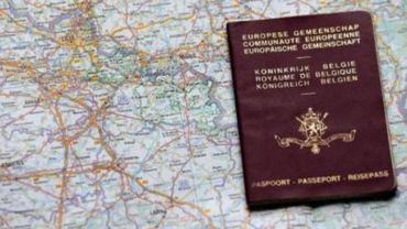 521 143 passeports délivrés en 2011
