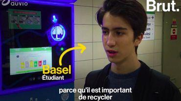 À Istanbul, on recharge sa carte de métro en recyclant ses bouteilles en plastique