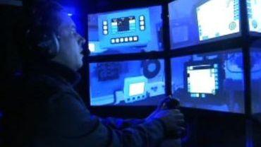 Simulateur de tourelle de char chez CMI Defence à Loncin