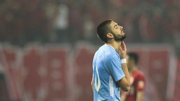 Carrasco, encore aligné en pointe, et Witsel battus en Chine