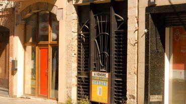 Une cellule commerciale vide à la rue de Marcinelle