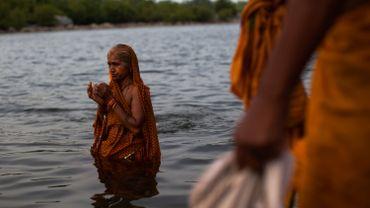 Prière du matin à Madhya Pradesh.