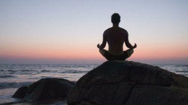Méditation en pleine conscience, efficace contre les douleurs