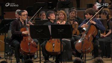 Le dernier morceau du concert de clôture du Concours Reine Elisabeth, interprété par Santiago Cañón-Valencia, Yuya Okamoto et Victor Julien-Laferrière