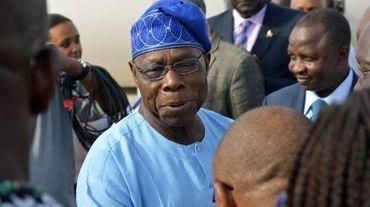 L'ex-président nigérian Olusegun Obasanjo à Juba le 24 avril 2014