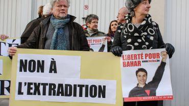 """Détention de Bahar Kimyongür en Italie: """"C'est de l'acharnement"""""""