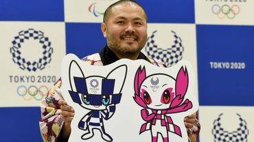 """Motifs en damier bleu pour les jeux Olympiques, rose pour les jeux Paralympiques, et silhouettes élancées, ces """"yuru-kyara"""" (mascottes) sont censées avoir des pouvoirs magiques."""