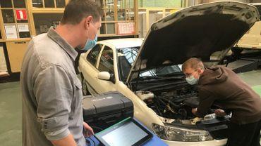L'institut provincial des Arts et Métiers de la Louvière propose désormais une septième professionnelle en électricité automobile et une septième technique en maintenance et diagnostic.