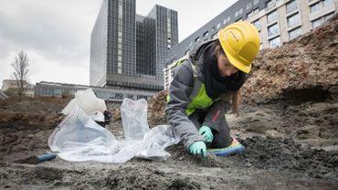 Le chantier de fouilles de Brucity dévoile des vestiges de la fin du Moyen Âge