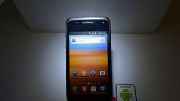 Un smartphone utilisant le logiciel Android de Google