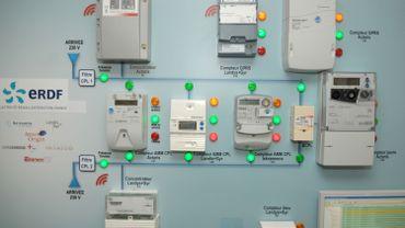 éventail de compteurs électriques (français)