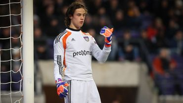 Football : Mile Svilar